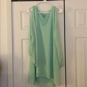 Green long sleeved dress